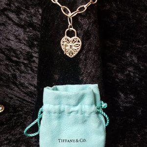 Tiffany *RETIRED* filigree heart and key bracelet